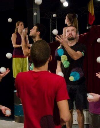 Cirq'en Bulles une école de cirque à Mouscron