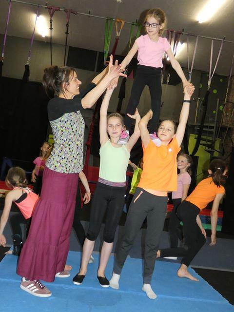 Cirq'en Bulles école de cirque
